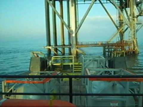Working offshore,Captain Randy Phillips. A day in my life