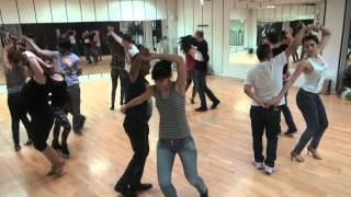 CLASE DE RUEDA DE CASINO CENTRO DE DANZA VISTA ALEGRE www bailesurmadrid com