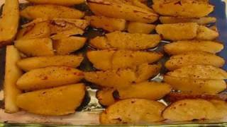 Betty's Oven-baked Potato Wedges