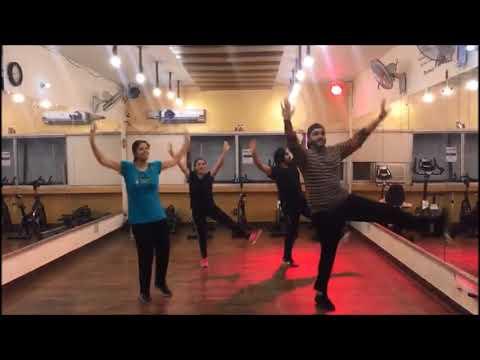 Adha Pind   Gurj Sidhu   Bhangra Dance  Steps    Sona Dance Fitness Studio   Mohali