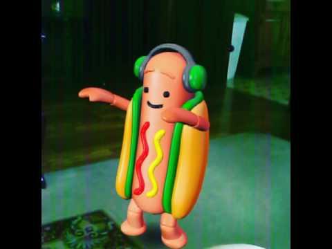 Q Dog Dance Snapchat hotdog...
