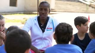 Fiona May maestra di School Athletics!