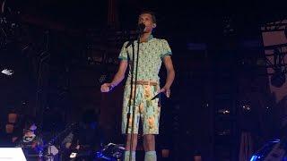 Stromae - Papaoutai + end credits (clips)(Live@ the Boulevard Pool, Las Vegas, 4-17-15)