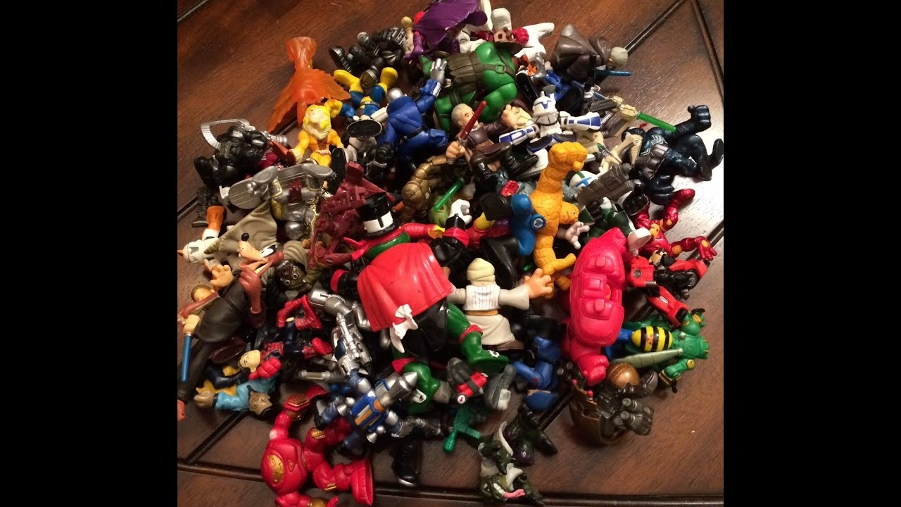 8 Toys Yeards : Eclectibles yard sale haul of superhero star wars