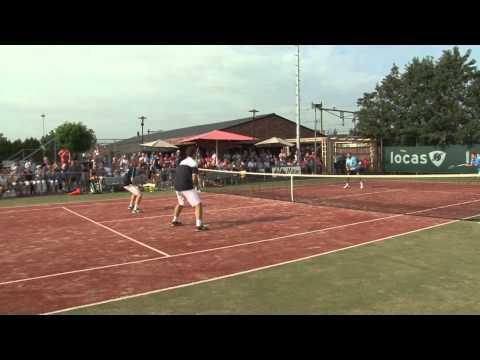 Tennisclinic van Jacco Eltingh en Paul Haarhuis
