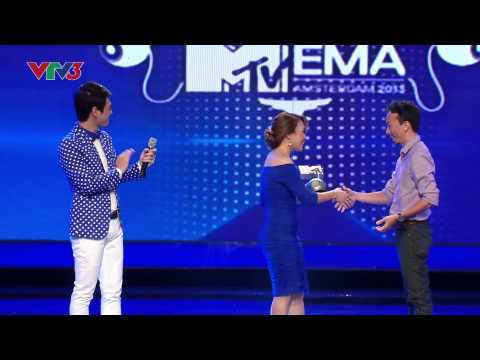Mỹ Tâm nhận cúp MTV châu Âu trên sân khấu Vietnam Idol