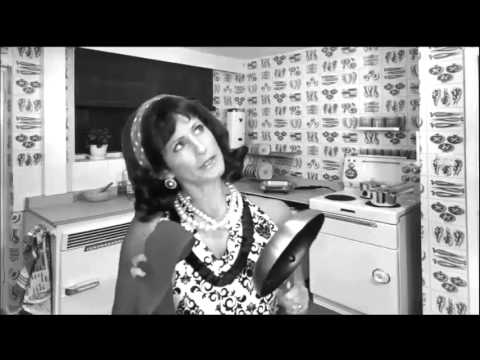 1950's Housewife Gives a Video Testimonial!