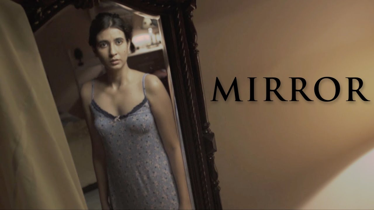 Horror short film mirror youtube for Mirror horror movie