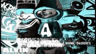 Alvin & the Chipmunks: Blink 182- Mutt