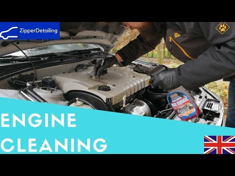 How to clean your Engine Bay the professional way-Zipper-Detailing
