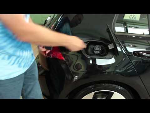 Unlocking Gas Cap and Gas Cap Holder - Volkswagen