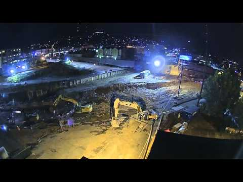 Time lapse video of crews demolishing SR 99 above Broad Street in Seattle