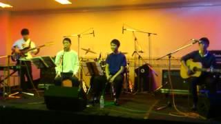 2013年の11月3,4日に開催された日吉祭のバンドの部屋での演奏です。聴い...