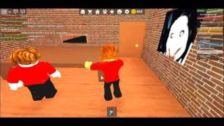 Playing Pizza Place on roblox