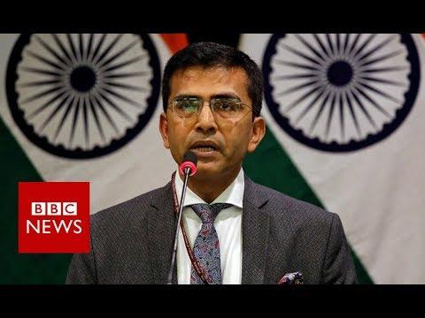 Pakistan-India: India confirms pilot missing and aircraft down - BBC News