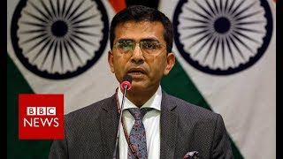 Pakistan-India: India confirms pilot missing and aircraft down - BBC News