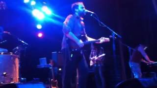 Frightened Rabbit - Head Rolls Off @ Queens Hall