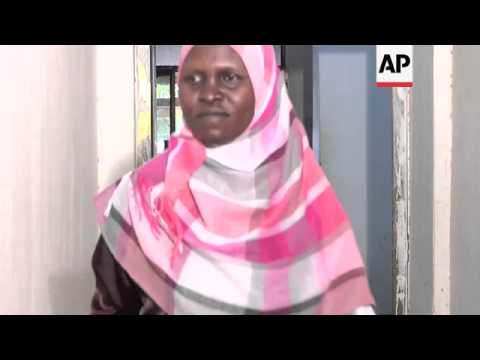 Women turn to tea to make a living in Khartoum