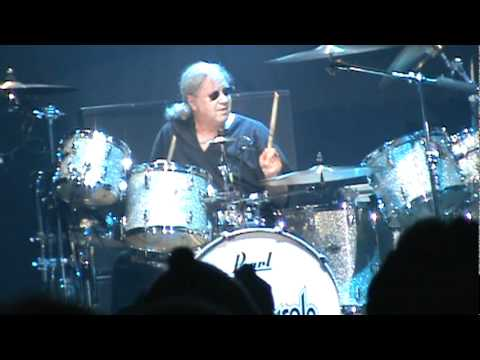 Deep Purple Moncton February 4th, 2012 PART 1