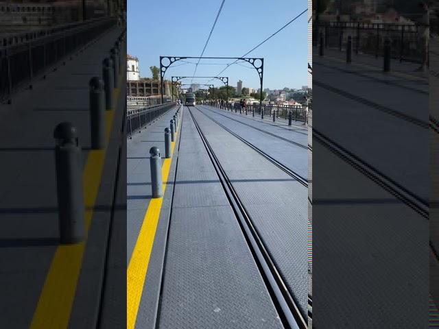 Tram & Pedestrians (Ponte Luís I, Porto)