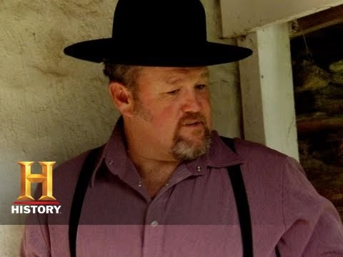 Only In America with Larry the Cable Guy - The Perils of Plain Laundry | History