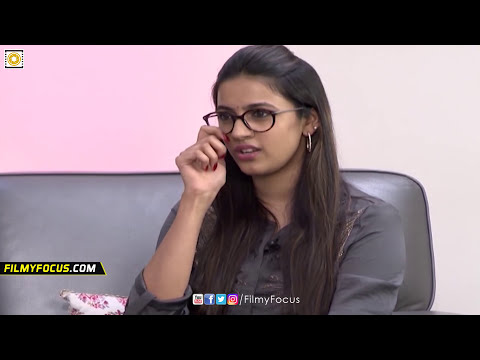 Ram Charan Gets Angry on Niharika in Interview || Ram Charan Rapid Fire Interview