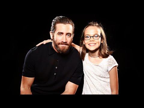 Oona Laurence on Meeting Jake Gyllenhaal // Entertainment Weekly Radio // SiriusXM