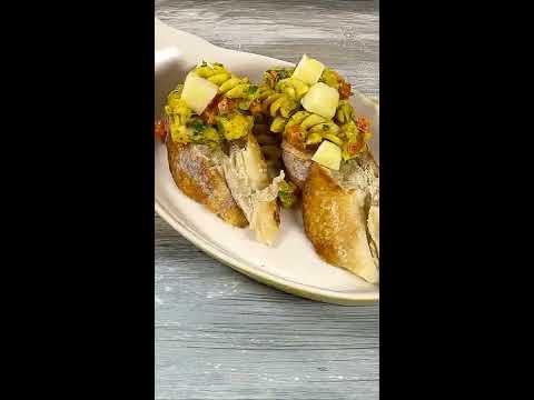 Banner Sabroso montadito de tornillos gluten free , camarón tigre  y queso provolone