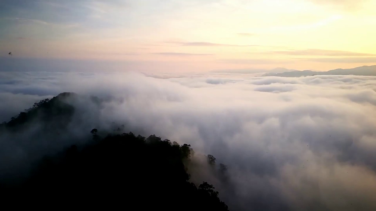 I Yerweng Sea Of Clouds Betong Thailand Youtube