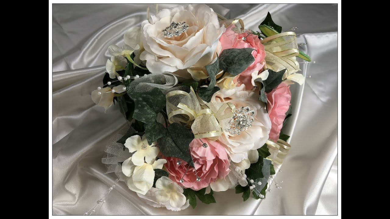 Tricia's Creations: Bridal Series Floral Round Wedding