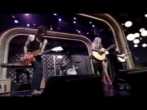 Jewel - Standing Still  live 2001