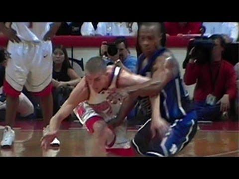Steve Blake steal from Jason (Jay) Williams: Duke vs. Maryland 2002