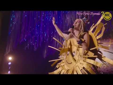Miley Cyrus - Milky Milky Milk Tour (Show Completo) [Legendado] ᴴᴰ