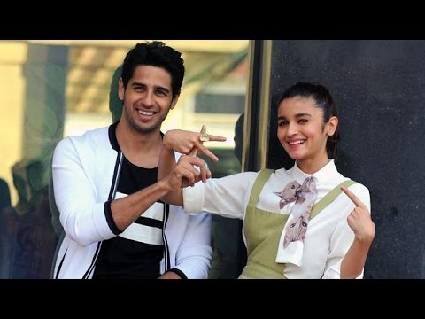 Alia Wants To Show Her Film To Sidharth First | Bollywood News