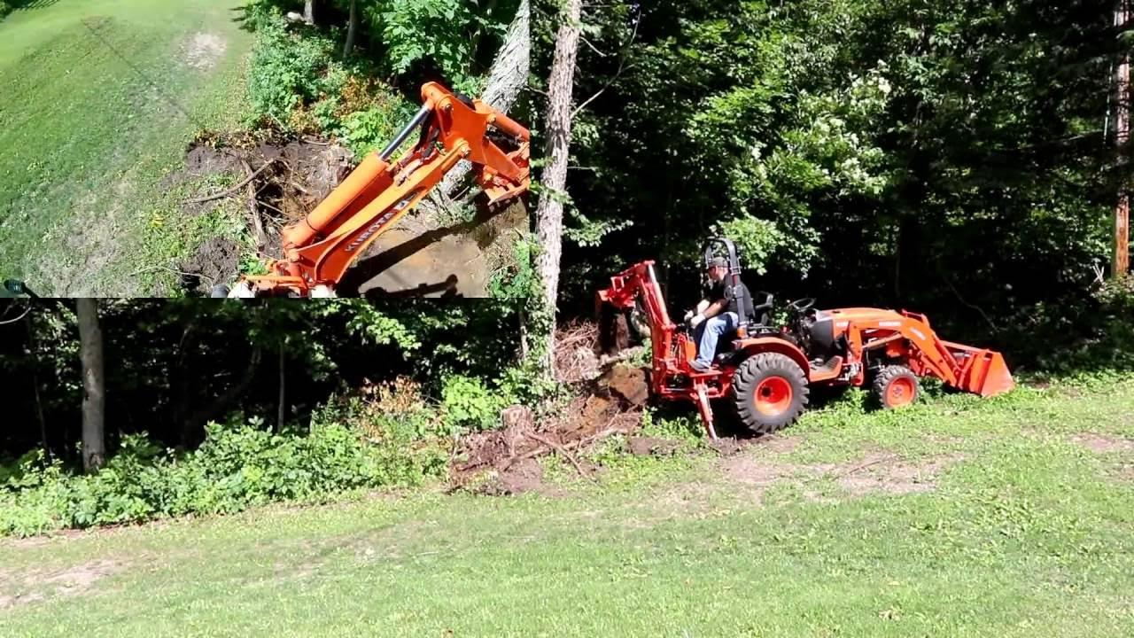 Kubota B2650 w/BH77 Backhoe Digging Stump/ Breaking Stuff