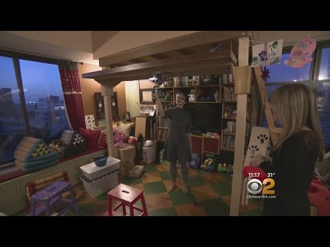Family Of 6 Lives In 480 Square Foot Studio