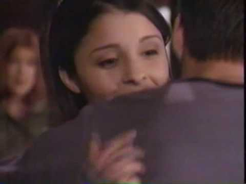 Shiri Appleby on 90210