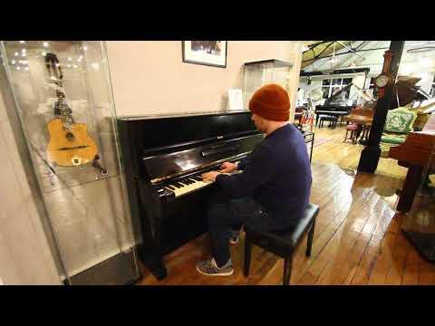 Steinway Model Z Upright Piano at Sherwood Phoenix Piano Auctions