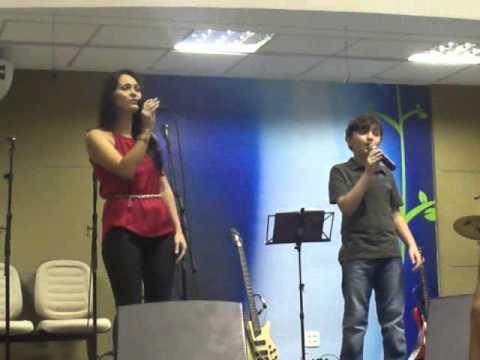 Dueto Néia e Igor - Obrigado (Elaine de Jesus - Nani for Kids)
