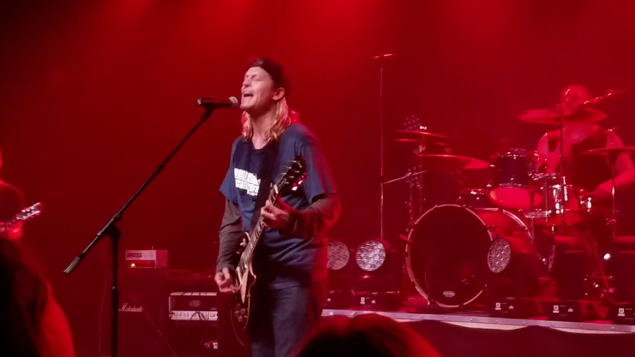 Puddle of mudd live in Lynchburg Virginia in 03/31/2018  She hates me