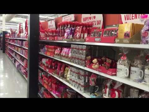 WALMART USA Valentines Aisle Chocolate U0026 Candy Range Inc., Herseyu0027s, Dove,  Mu0026Mu0027s, Whitmans, Snickers