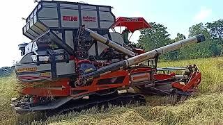 รถเกี่ยวนวดข้าว-ศักดิ์พัฒนา,sakpattana-combine-harvester