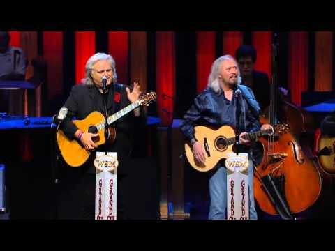 Barry Gibb    How Can You Mend A Broken Heart     at the Grand Ole Opry   Opry