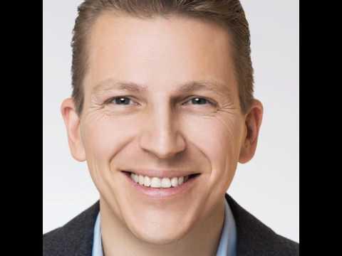 Tobias Beck 1/2 | Innovation & Transformation hat nichts mit dem heutigen Bildungssystem zu tun