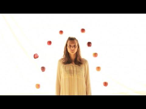 Two Apples (HSC 4-Unit English Film)