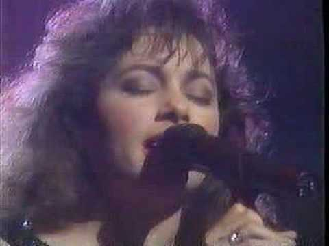 The Bangles - Be With You & Eternal Flame  (Live '89)