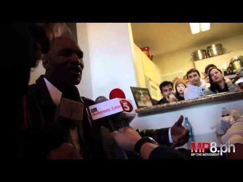 Manny Pacquiao - Evander Holyfield Visits Manny Pacquiao