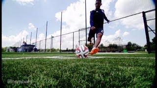 How to Kick a Goal-Scoring World Cup Corner Kick