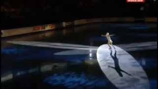بالفيديو   متزلجة روسية تخلع ملابسها وهي تتزلج على الجليد