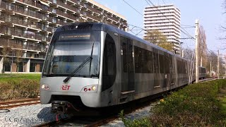 RET Metro type SG3 aankomst bij Binnenhof in Ommoord Rotterdam